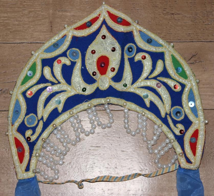 Кокошник или корона своими руками 57
