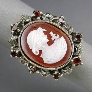 Серебряное кольцо с камеей и гранатом спессартитом