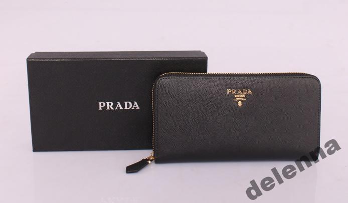 a8aa2f40d710 стильный кожаный кошелек Prada на молнии New