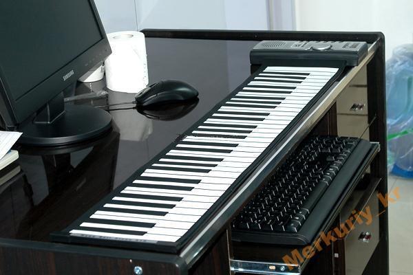 61-Клавишный Складной MIDI Синтезатор.