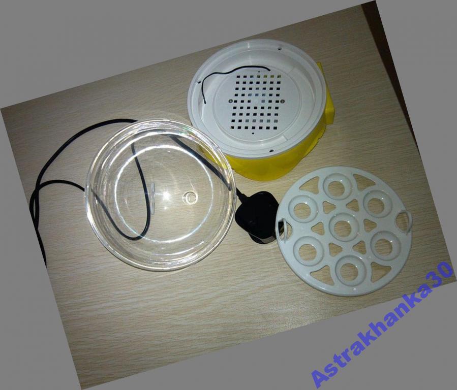 Универсальный мини инкубатор на 7 яиц