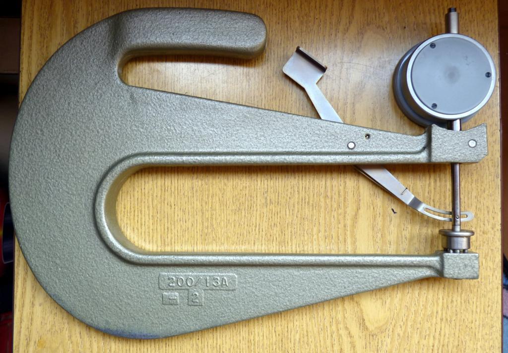 Толщиномер  часового типа немец ТР 30-200