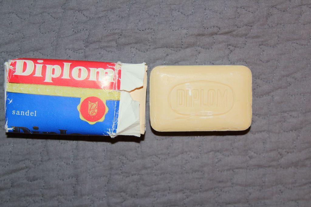 Мыло туалетное Diplomat. VEB Chem. Kombinat Miltitz - DDR