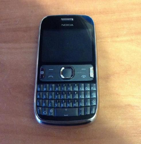 Корпус с клавиатурой Nokia 302.