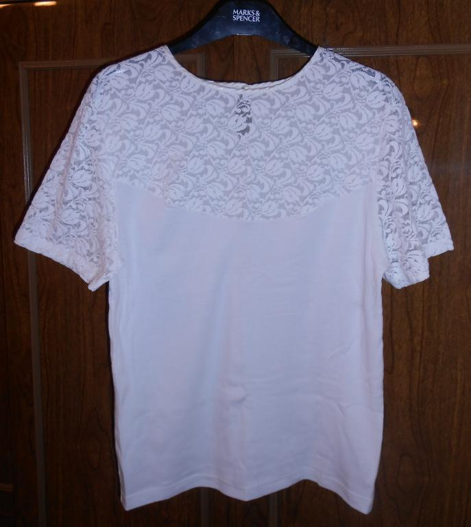 Блузка новая (ХБ с гипюром)