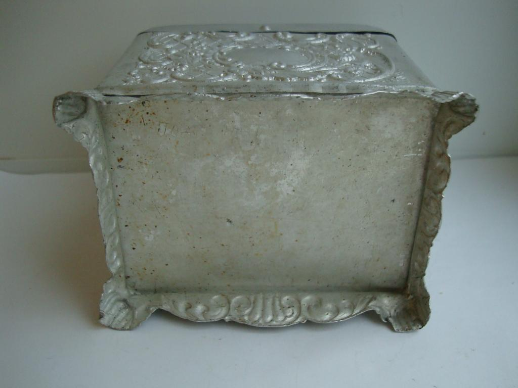 шкатулка ларец алюминий алюминиевая нечастая