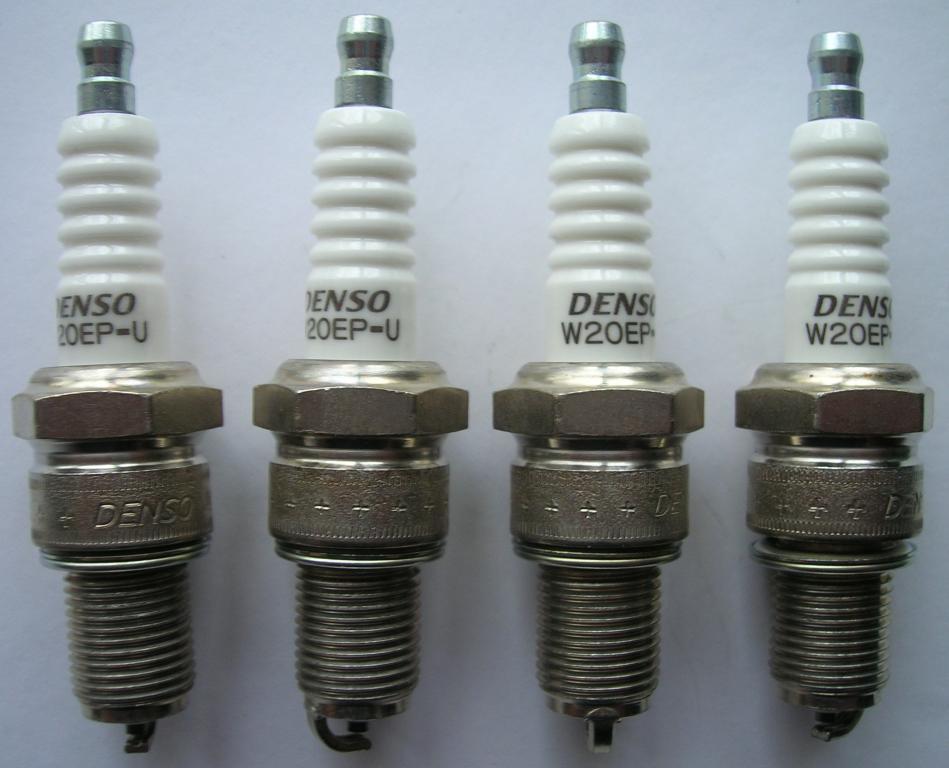 Свеча зажигания .W 20 EP-U Denso. Saab, Volvo, Lada, VW.
