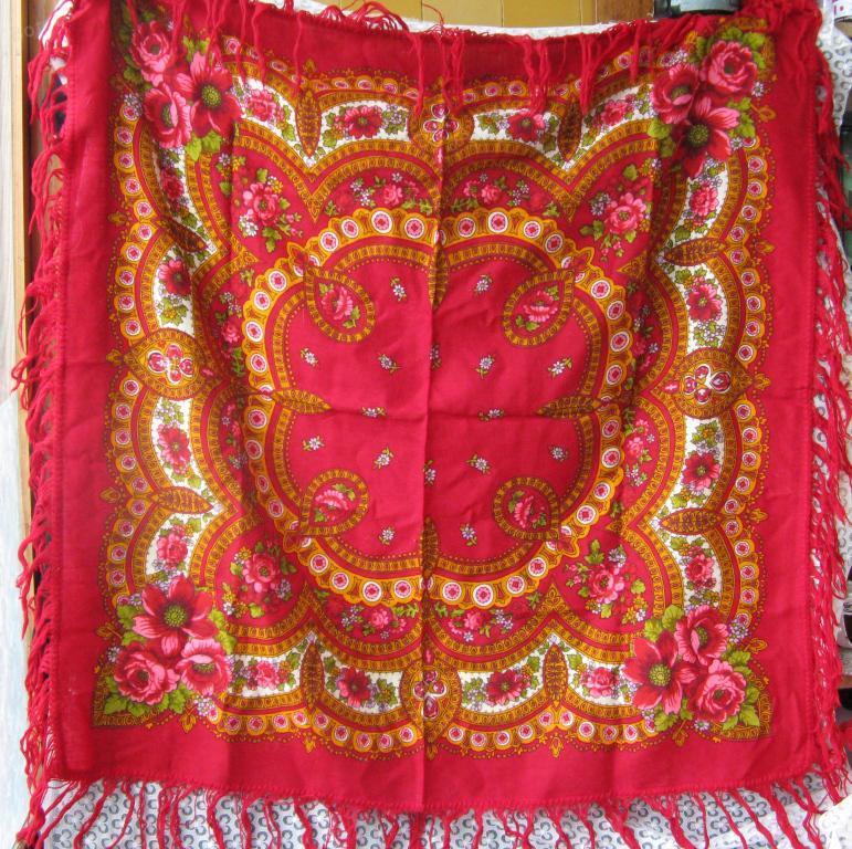 Павловопосадский платок с фабричным клеймом 95х90 см винтаж СССР