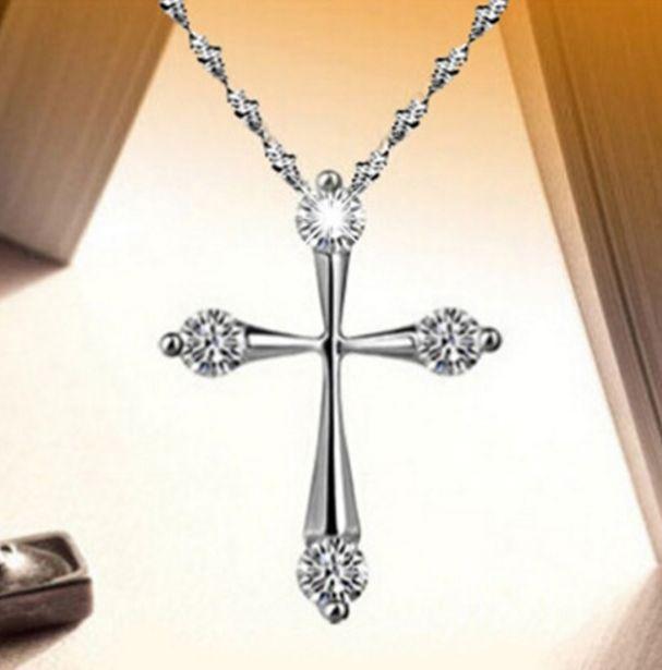 Подвеска Крестик на цепочке ювелирный сплав, покрытие -  серебро 925