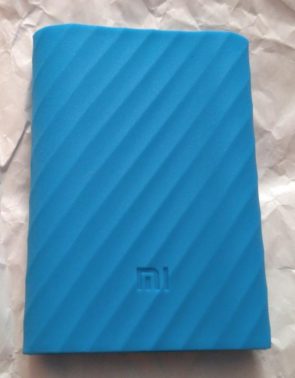 Чехол Xiaomi силикон для повербанка Xiaomi 10000 mAh новый (Xiaomi PowerBank 10000) голубой оригинал