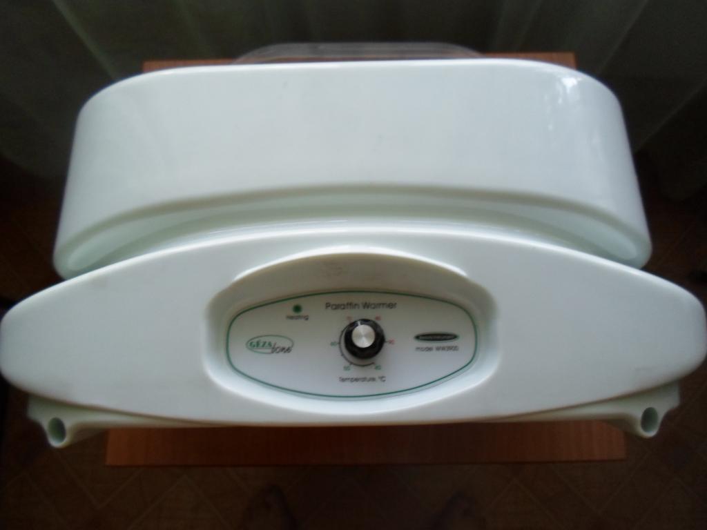 Gezatone WW 3900 Ванна- нагреватель парафина на 3 кг