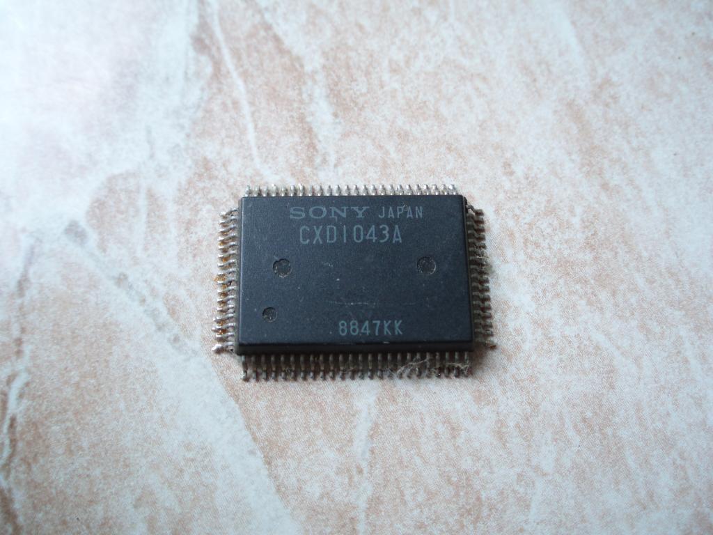 SONY CXD1043A