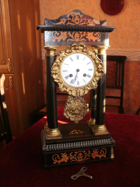 Часы старинные продам картины иконы антиквариат patek philippe часов стоимость