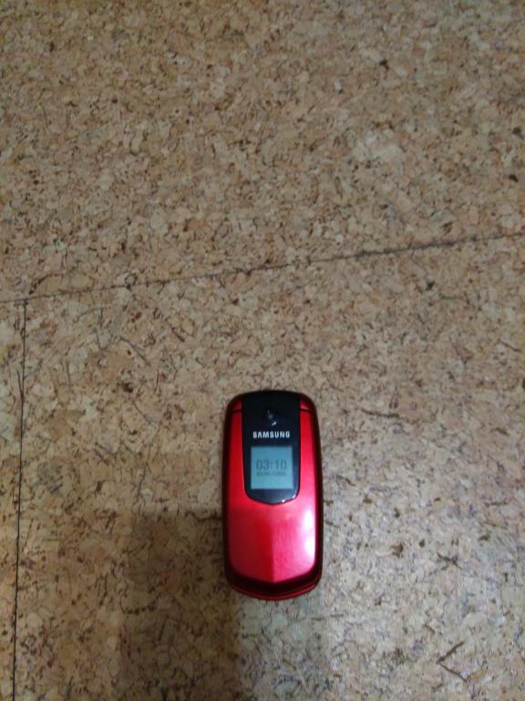 сотовый телефон Samsung GT-E2210