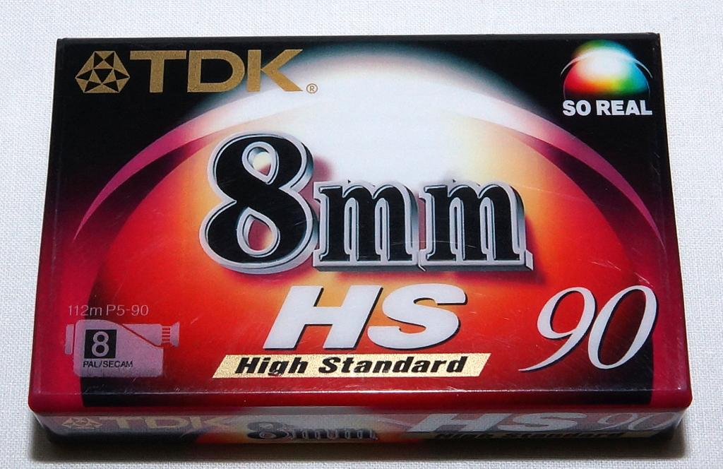 Видеокассета   TDK HS90 8 mm     Япония   новая