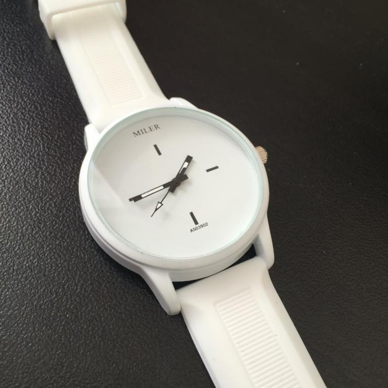 Часы силиконовые MILER