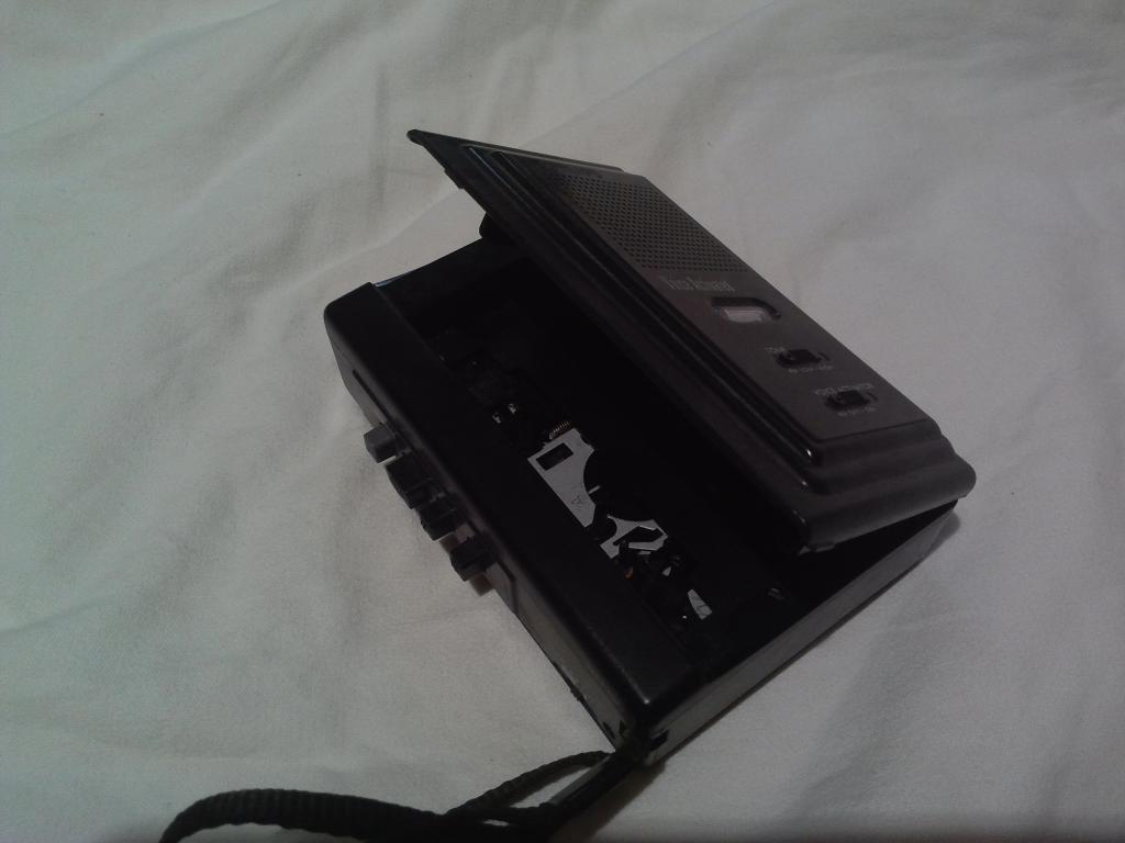 Раритетный кассетный диктофон PHILIPS
