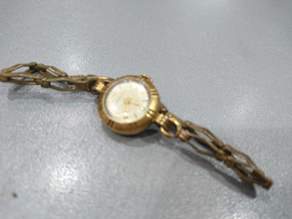 Стоимость волга золотые часы женские часа архитектора стоимость