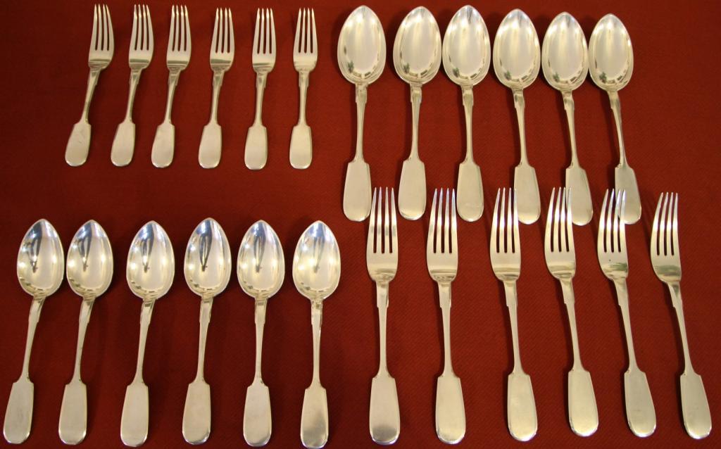 Комплект столового серебра 84 пробы, 24 предмета 1430 грамм