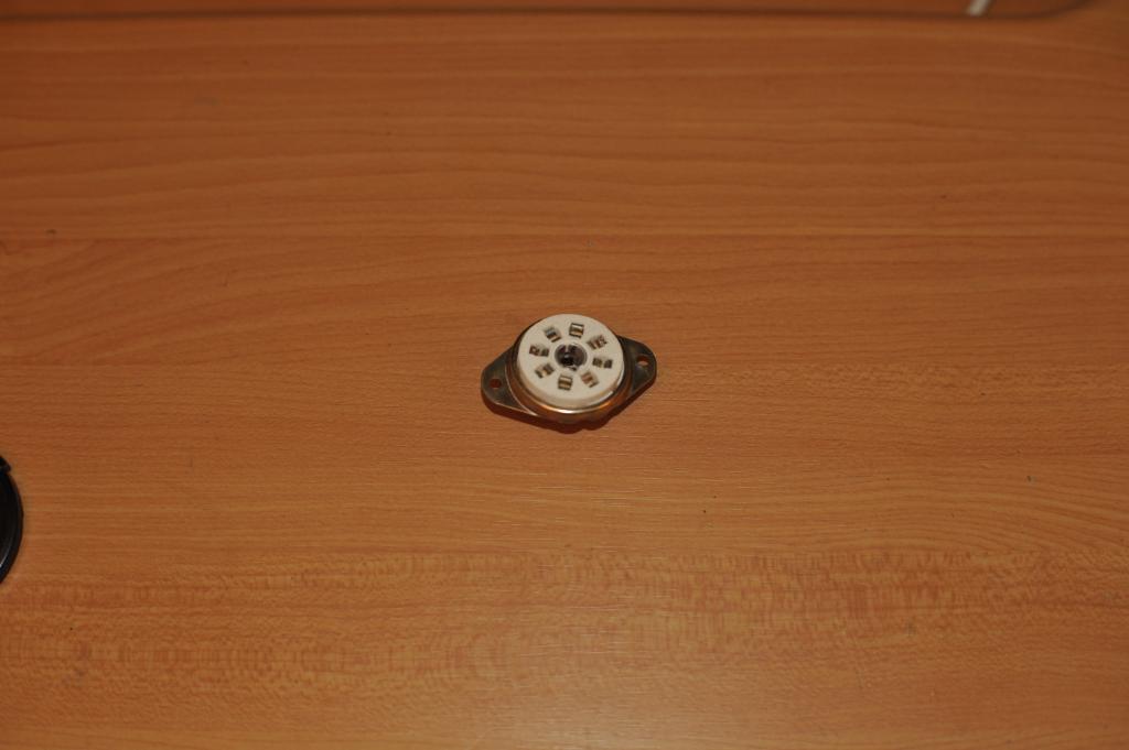ПЛ3-5-13 керамическая панель для ламп с локтальным цоколем, оригинал. Военная приёмка. Новая.