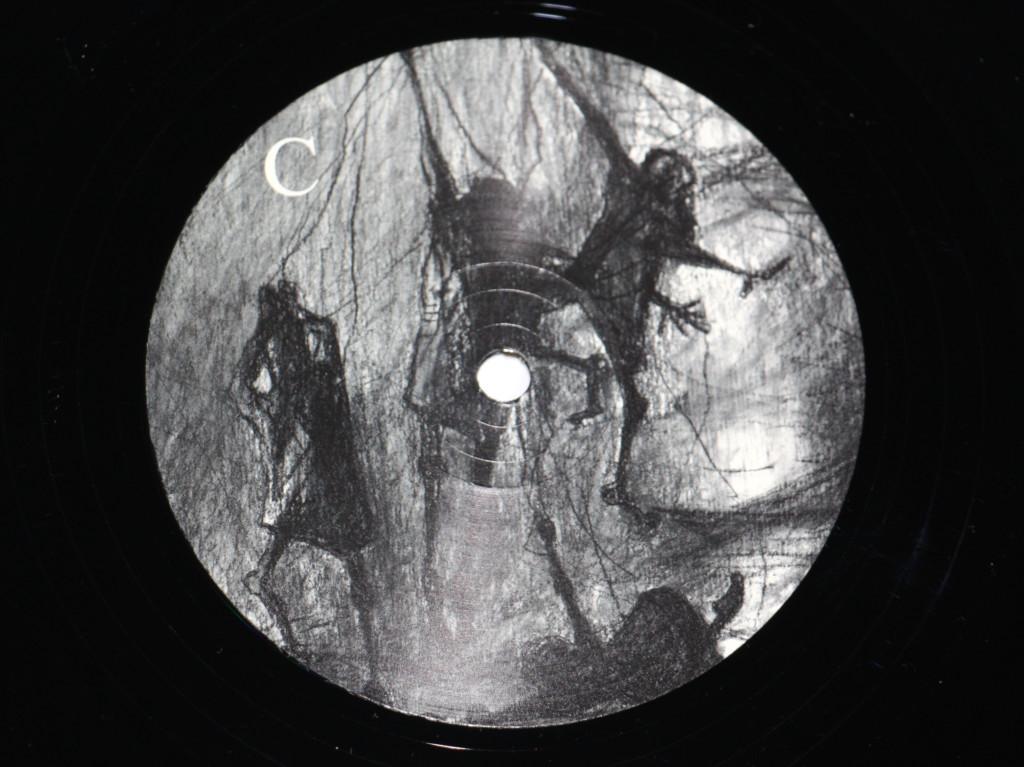 """ANGIZIA """"Ein Toter Fährt Gern Ringelspiel"""" 2 LP"""
