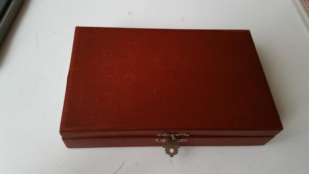 Ложки чайные, десертные. Серебро, эмаль черная, позолота, 916  проба. 6 штук в коробке. СССР.
