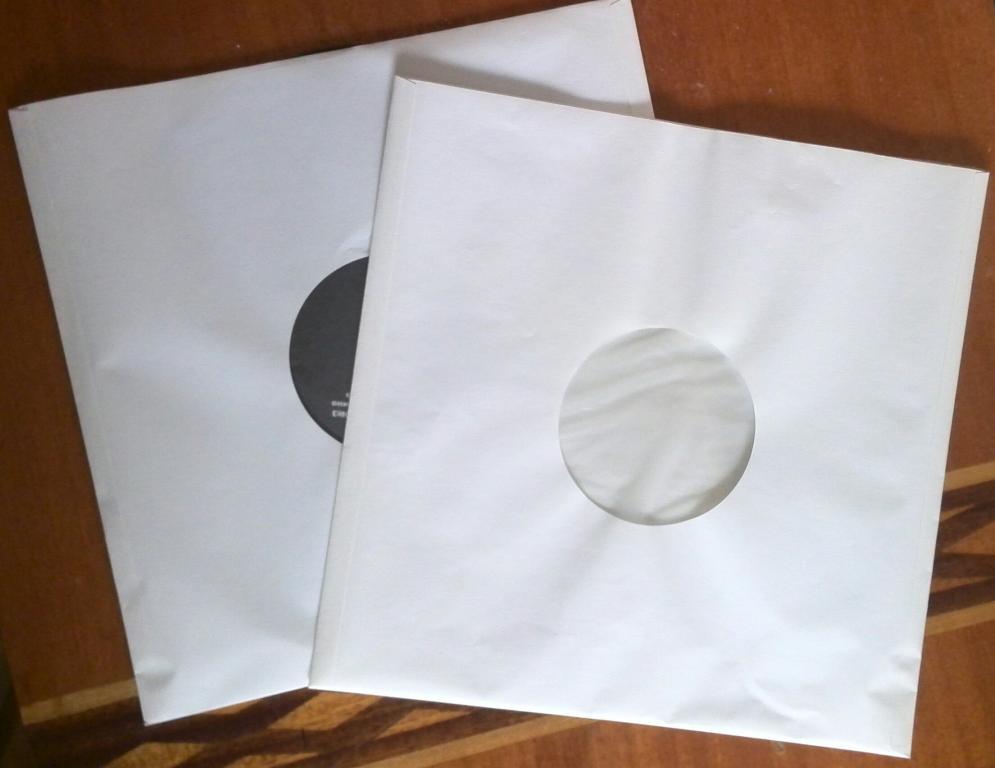 Пакеты из бумаги с пластиком