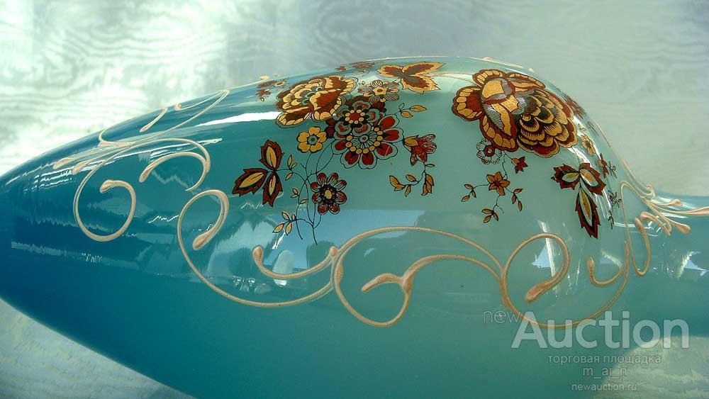 Ваза. Oпаловое стекло росписью эмалями.Югенд стиль,Mодерн 1890-1910 г.