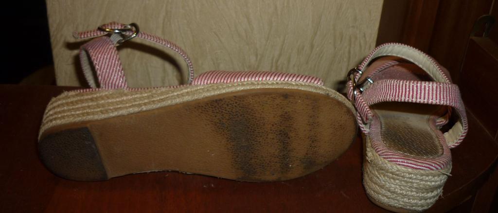 Босоножки розовые танкетка джут р.31