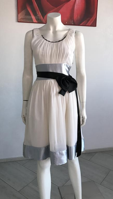 Шёлковое платье CHLOE 42 44 Очень нарядное