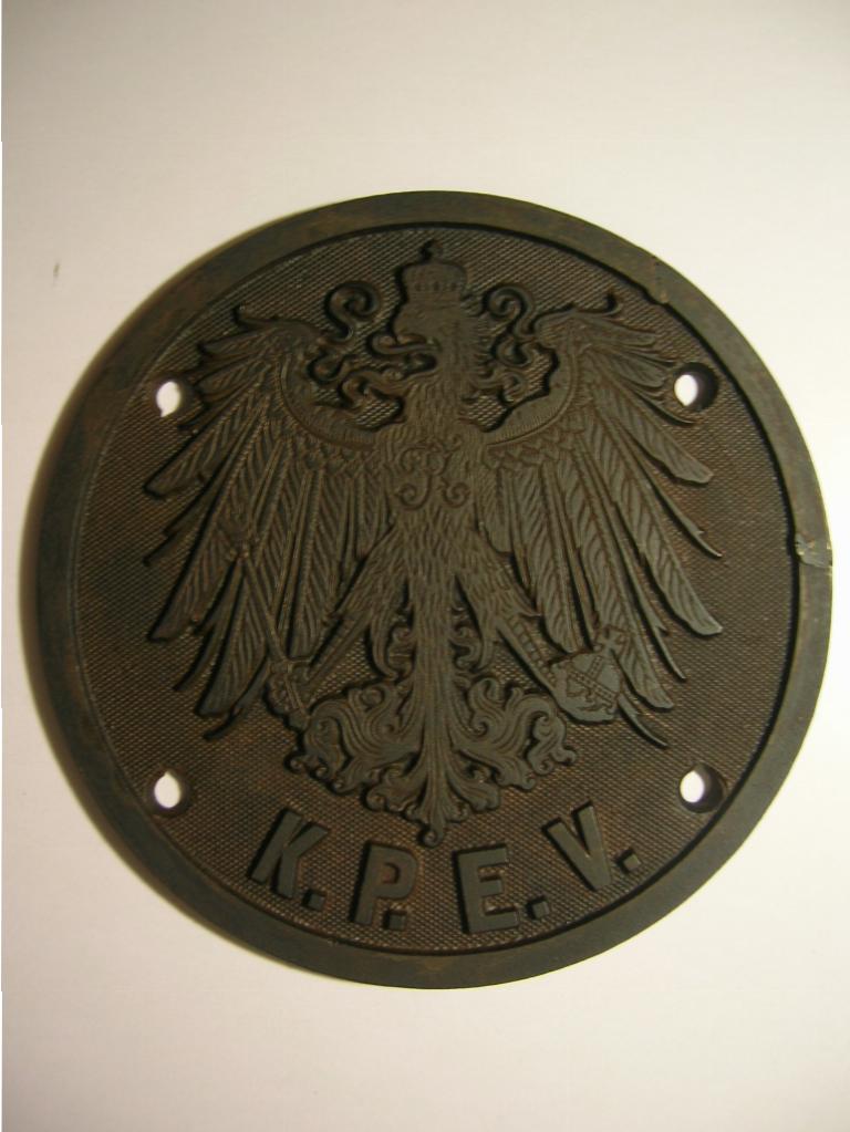 Чугунный герб Прусской королевской железнодорожной администрации