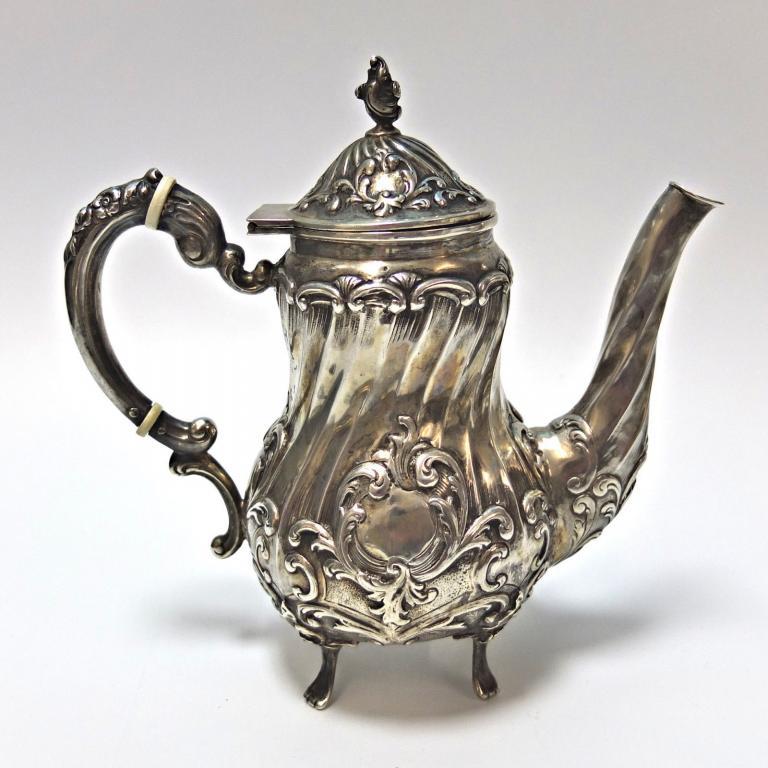 Кофейный сервиз, резной. Серебро 1441 грамм. Серебро 835. Германия