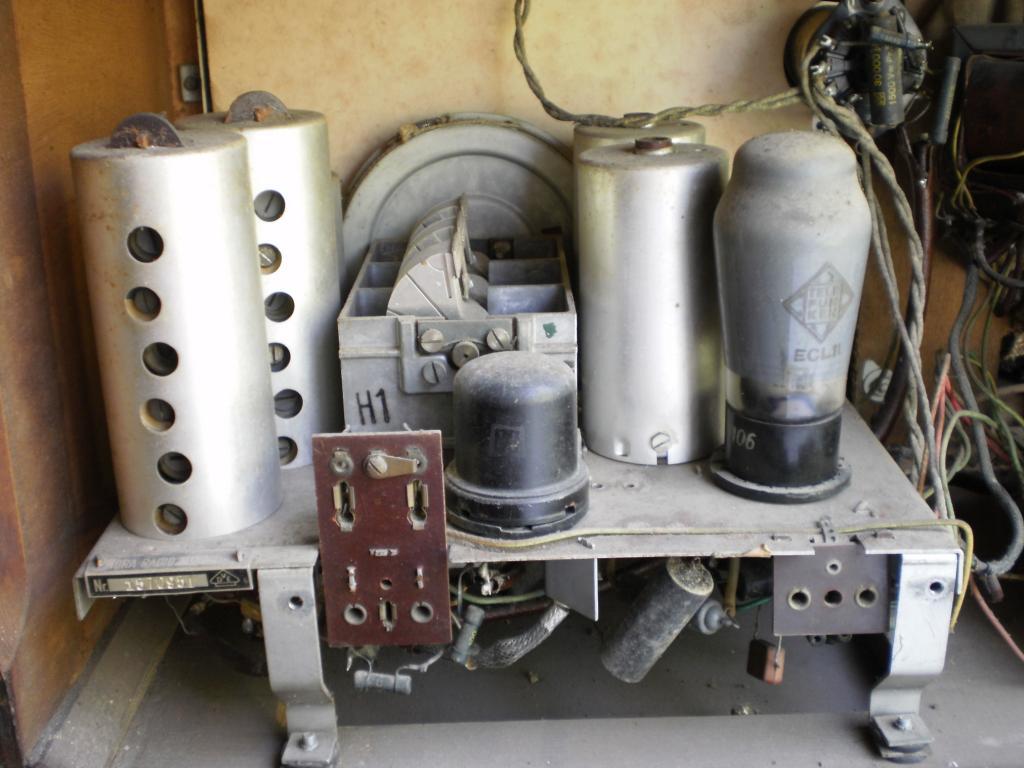 Радиоприемник NORA W 79