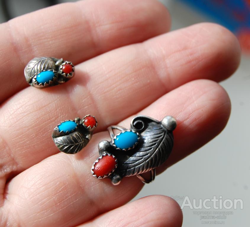 Комплект: кольцо и пусеты серебро с кораллом и бирюзой, Zuni , Америка
