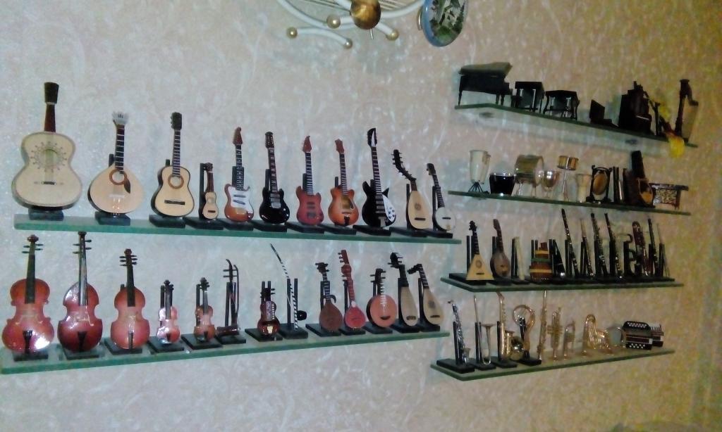 музыкальная коллекция в миниатюре
