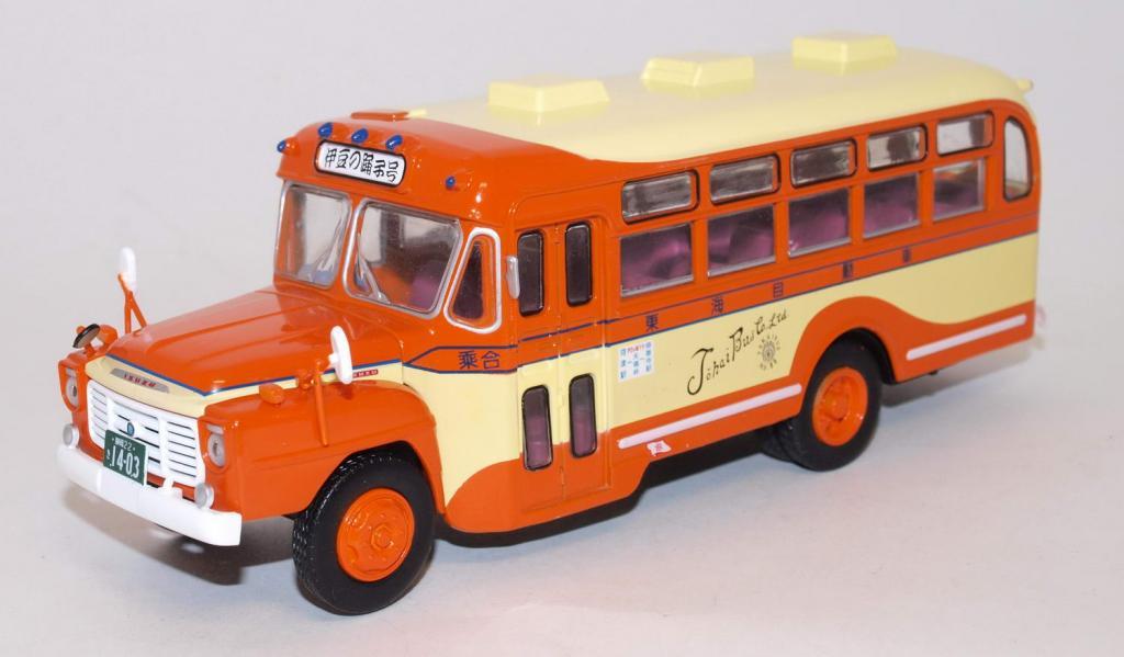 автобус isuzu bxd-30 japan 1966 orange/yellow автобус isuzu bxd-30