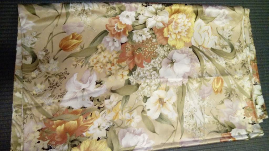 Натуральный шелк  отрез ткани, 80-е годы