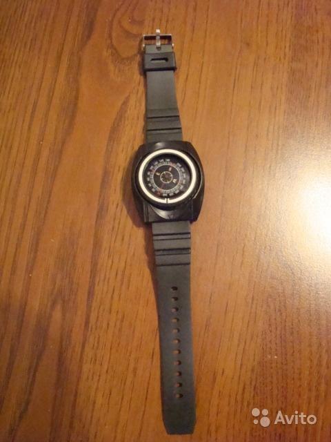 Наручный компас со стильным браслетом