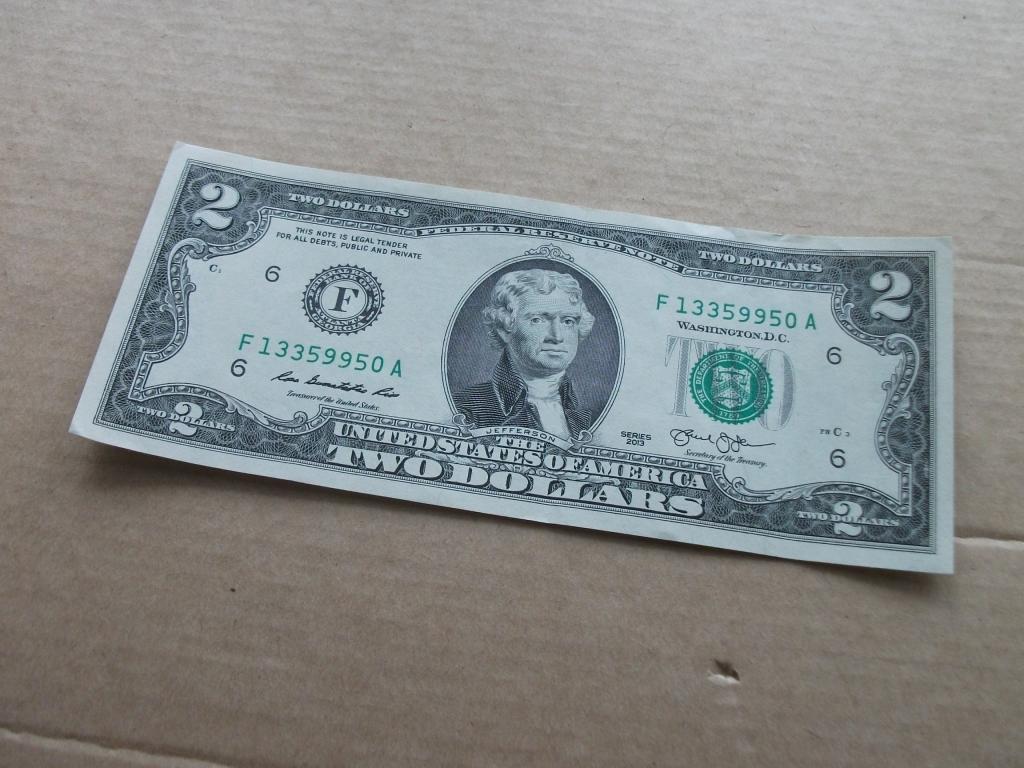 Купить банкноты 2 доллара сша разных лет выпуска можно в интернет-магазине монетник.