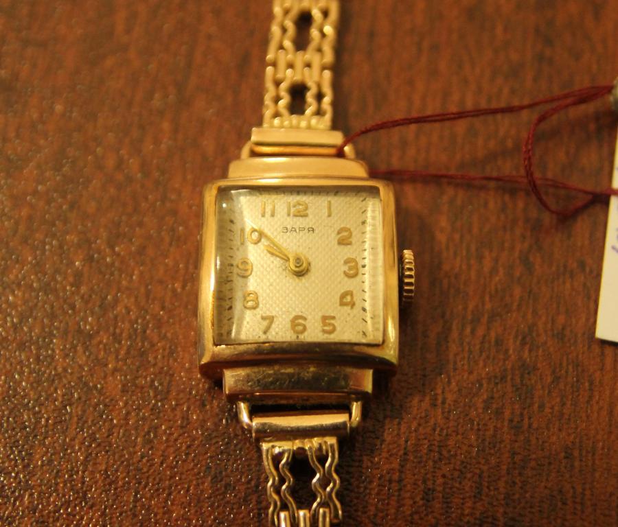 Женские продать часы заря золотые на катке часа стоимость