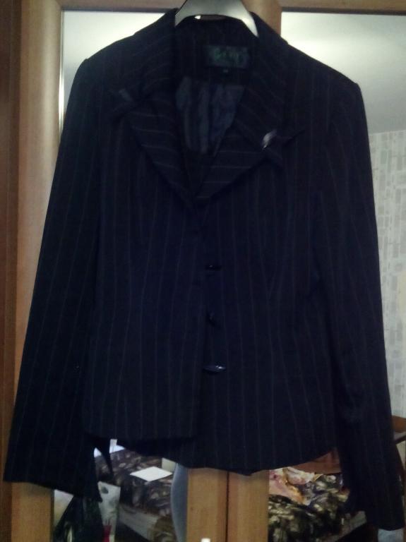 Костюм двойка юбка пиджак
