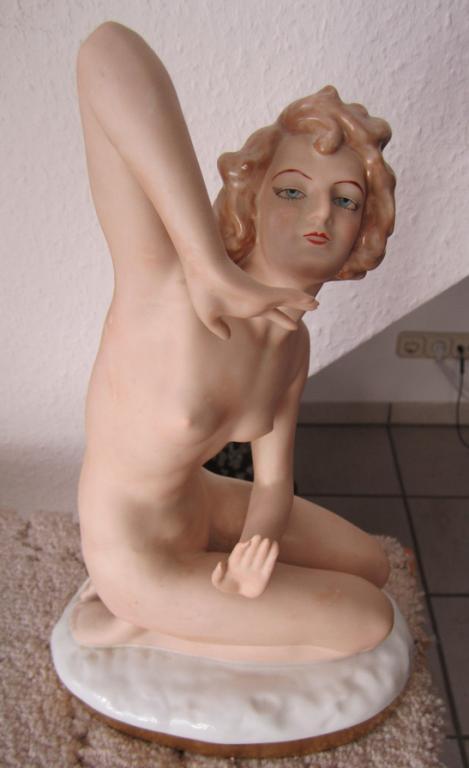 """Большая.Gerold-Porzellan.Обнаженная девушка """"Нью"""". 32 см.Редкая."""