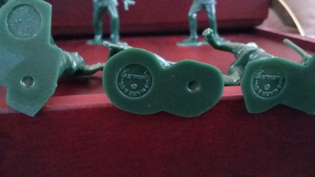 Солдатики Marx Toy Soldiers Boonesborough Frontier Pioneer. Набор из 9-ти фигур (54 мм)