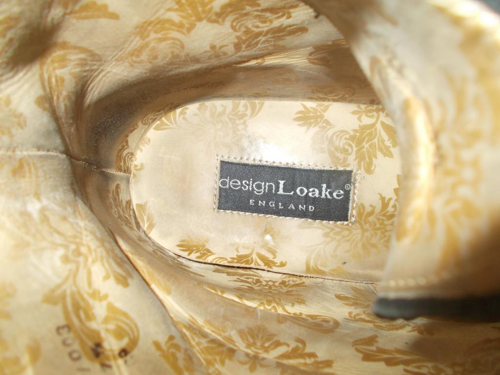 Ботинки высокие Loake размер 7,5, наш размер 41, 41,5.  для зимы.