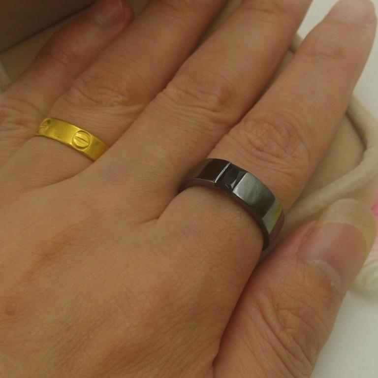 NEW!!! Сапфир в черном золоте Перстень 21    размер