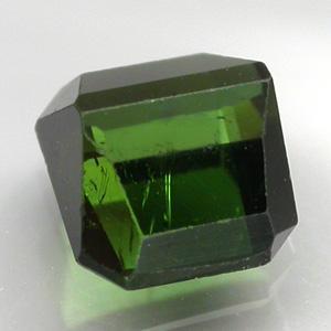 Природный зеленый турмалин 1,20 карат