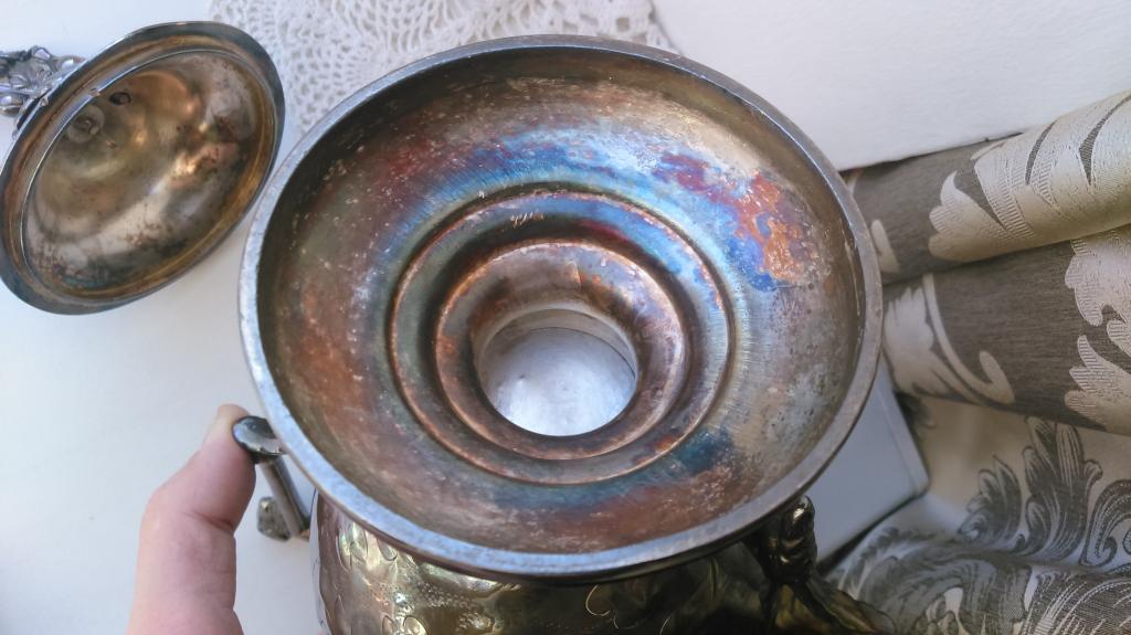 Большая шикарная старинная сахарница Бараны серебрение США 19 век