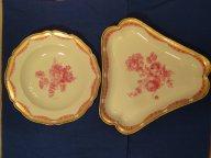 Блюдо и тарелка КРМ конец XVIII века