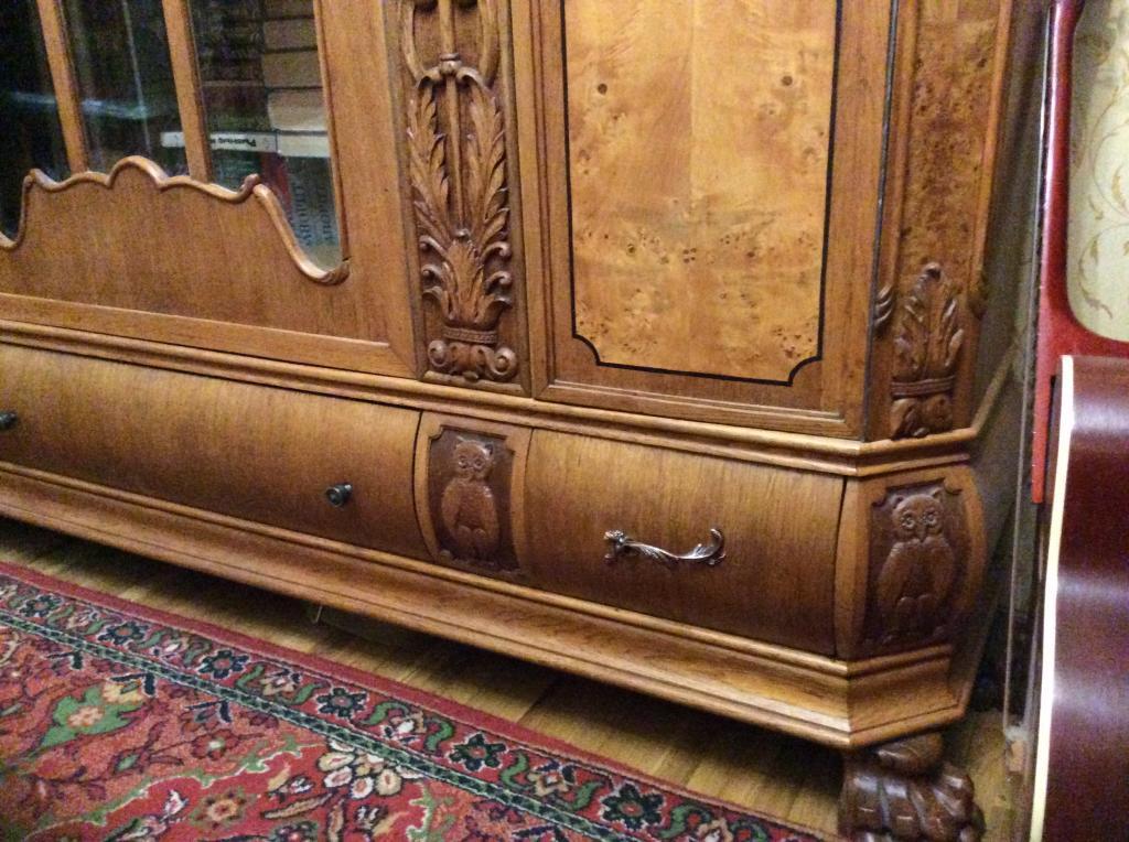 Шкаф книжный карельская берёза дуб