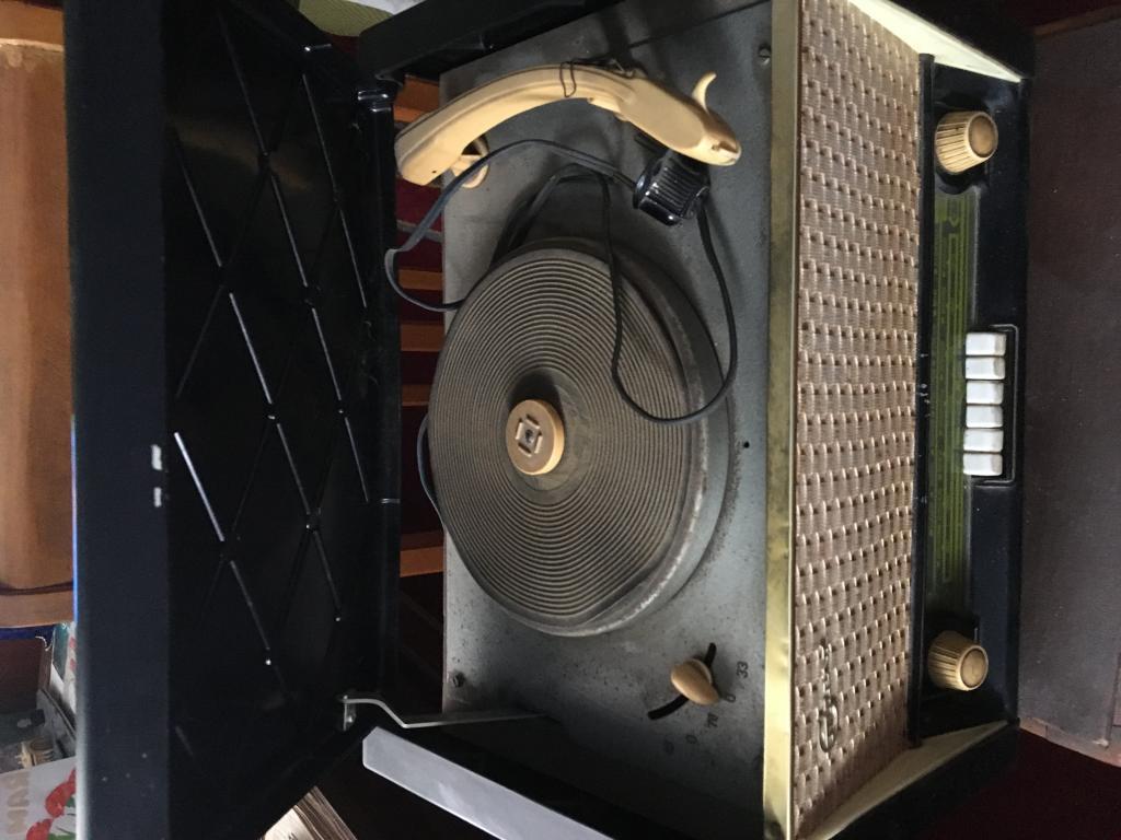 Ламповый радиоприемник «Стрела»